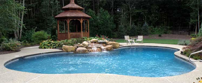 Ri pool builder new england swimming pools for Outdoor swimming pools in england